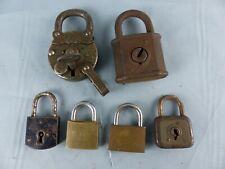 Lot de 6 cadenas anciens dont un breveté V.F Paris ABUS N° 88 et à oreille