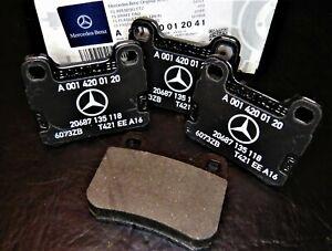 Mercedes-Benz Genuine Rear brake pads fits W124 / W201 / W202 / C220  NEW !