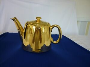 Royal Worcester Gold Lustre Small Teapot 4.5 Tall, 7 inches wide