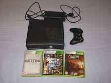 Console brillanti marca Microsoft per videogiochi