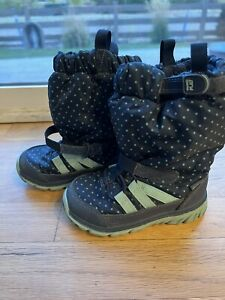 ❄️STRIDE RITE Winter Snow Boots Made 2 Play Girls Size 7 Navy Polka Dot GUC