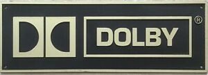 Plaque Dolby ORIGINALE , jamais posée, un mur l attend....dimensions 52,5x18 cm