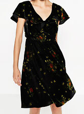 ZARA VELVET CROSSOVER FRONT FLORAL PRINTED DRESS SAMTKLEID WICKEL KLEID SIZE M