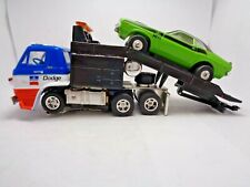 Custom Auto World Cabover Dodge L600 Ramp Truck & Challenger Ho Slot Car, Aurora