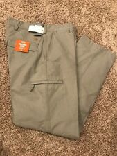 NWT Men's Dockers Crossover Cargo Pants Classic Fit Light Gray 36X30 MSRP$58