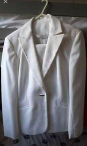 Womans White Trouser Suit Size 10