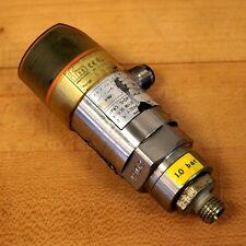 IFM/Efector PN3024 Combination Pressure Sensor 0-10 Bar Part Size G 1/4 - USED