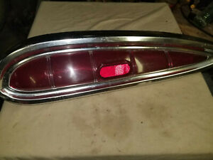 1959 CHEVROLET IMPALA BELAIR BISCAYNE TAIL LIGHT ASSEMBLY LEFT TAILLIGHT