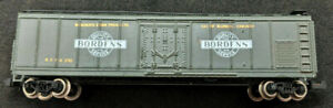 BACHMANN N SCALE: BORDENS BFPX #210 PLUG DOOR BOXCAR REEFER. BLUE, VINTAGE