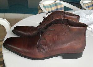 Bosi Mens leather chukka boots