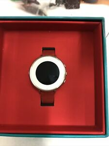 Pebble 601-00053 Time Round 14mm Band Smartwatch - Silver/Red