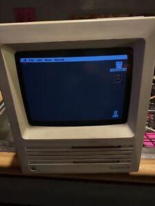 Apple Macintosh SE M5010 Vintage Old School Desktop Computer
