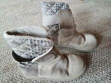 Womens sorel Suede boots size 7