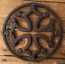 Dessous de plat en fonte croix occitane cerclée