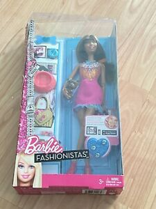 Barbie Fashionistas 40 mit Fashion Mode Pizza Shirt DTF03 NEU//OVP Puppe