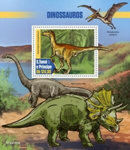 St Thomas - 2020 Velociraptor Dinosaur - Stamp Souvenir Sheet - ST200410b