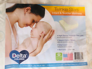 Delta Children Twinkle Stars Limited Fiber Core Crib and Toddler Mattress New