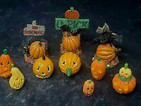 Dept 56 Village Figures 2004 HTF Halloween #56.53165 Retired Pumpkin Pieces