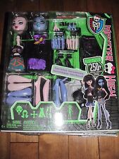 Monster High Create a Monster VAMPIRE & SEA MONSTER Starter Pack Doll NEW