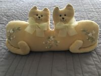Vintage Yellow Velvet Double Twin/Conjoined Cats Pillow Stuffed Animal RARE