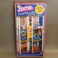 Vintage 1977 Mattel Barbie Doll Play Set-town house & MEUBLES Coffret #7825
