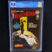 Wonder Woman #200 (1972) 💥 CGC 9.0 💥 Classic Bondage Cover! DC Comics