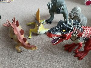 Dinosaur figures - mixed bundle lot of 5 Large Christmas