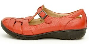 Unstructured Clarks Womens Strappy Red Leather Mary Jane Shoes  Size 7