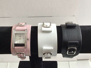 Ladies Relic By Fossil MOP Crystal ZR88039 3 Strap Set Pink/black/white