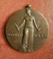 WORLD WAR II MEDAL