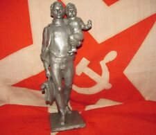 Vtg USSR metal statue father and daughter