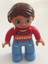 *NEW* Lego DUPLO Female MEDIUM BLUE Legs RED Top SWEATER BROWN Hair Blue Eyes