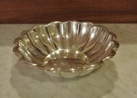 Vintage REED & BARTON 175 Holiday Silver Plated Bowl