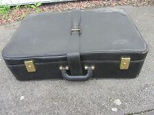 ancienne valise souple skaï gros grains, couleur noir, circa années 50/60