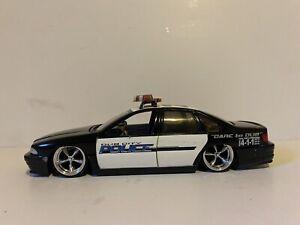 Jada 1/24 1996 Chevy Impala Dub City Police car diecast