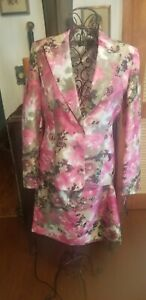 NWT Kasper Womens Pink Magenta/Green Flower Motif  2PC Suit size 8