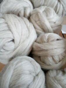 1 kg Isländische Lopi Lopiwolle Kammzug Wolle Kammzugwolle Spinnfasern Filzwolle