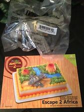 DecoPac MADAGASCAR ESCAPE 2 AFRICA CAKE TOPPER DECORATING KIT BIRTHDAY PLANE NEW