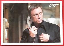JAMES BOND - Quantum of Solace - Card #067 - Bond Meets With Felix