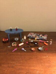 Dollhouse Miniatures/ Accessories Lot