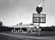 """DOUGLAS GAS and OIL SERVICE STATION LATE 1960'S  5"""" X 7"""" GLOSSY PAPER"""