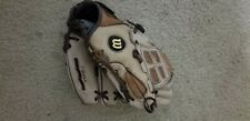 """New listing Wilson 10"""" Youth leather baseball Glove"""