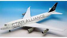 jfox wb-safootball Boeing 747-400 Lufthansa d-abth Fútbol nariz (Star ALIANZA)