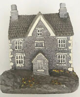 Lilliput Lane Lakeside House England Collection Handmade UK Miniature Signed
