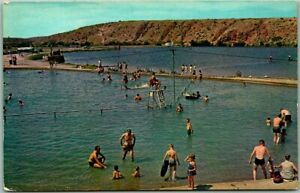 """Roswell, New Mexico Postcard """"Swimming Pool - Bottomless Lakes State Park"""" 1960s"""