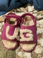 Girls Ugg Pink Sandals/Slippers Size 6 Toddler