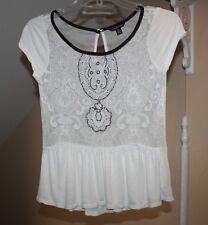 American Eagle Jrs Womens XS White Floral Embroidery & Black Beads Sheer Top