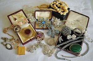 Mixed lot of Antique and Vintage Costume Jewellery inc. Deco, Edwardian etc.