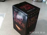 J R R TOLKIEN-- THE LORD OF THE RINGS BOX SET-- 2001-- 7 BOOKS IN SLIPCASE