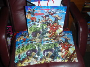 MARVEL AVENGERS LOT OF 8 GIFT BAGS 10.5 X 5 X 13 INCHES WITH TAG & CARRY HANDLE